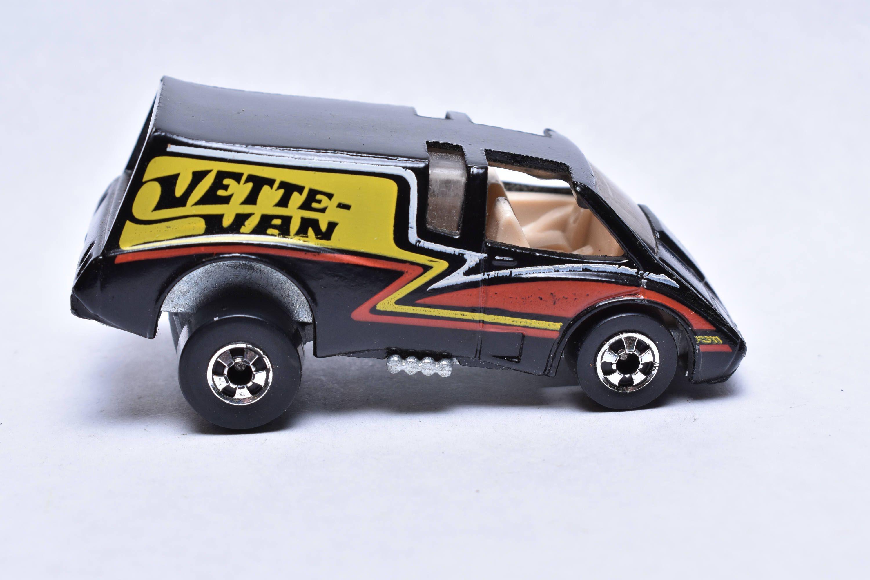 Vintage Hot Wheels Hi Rakers Vette Van Very Cool 1979