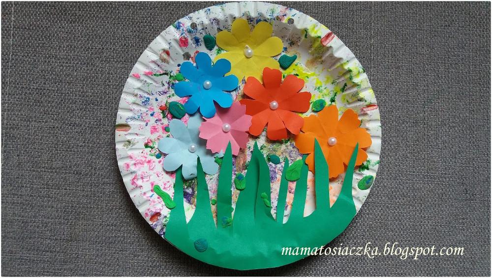Obrazek Na Dzien Matki Z Papierowych Talerzykow Diy Decorative Plates Decor