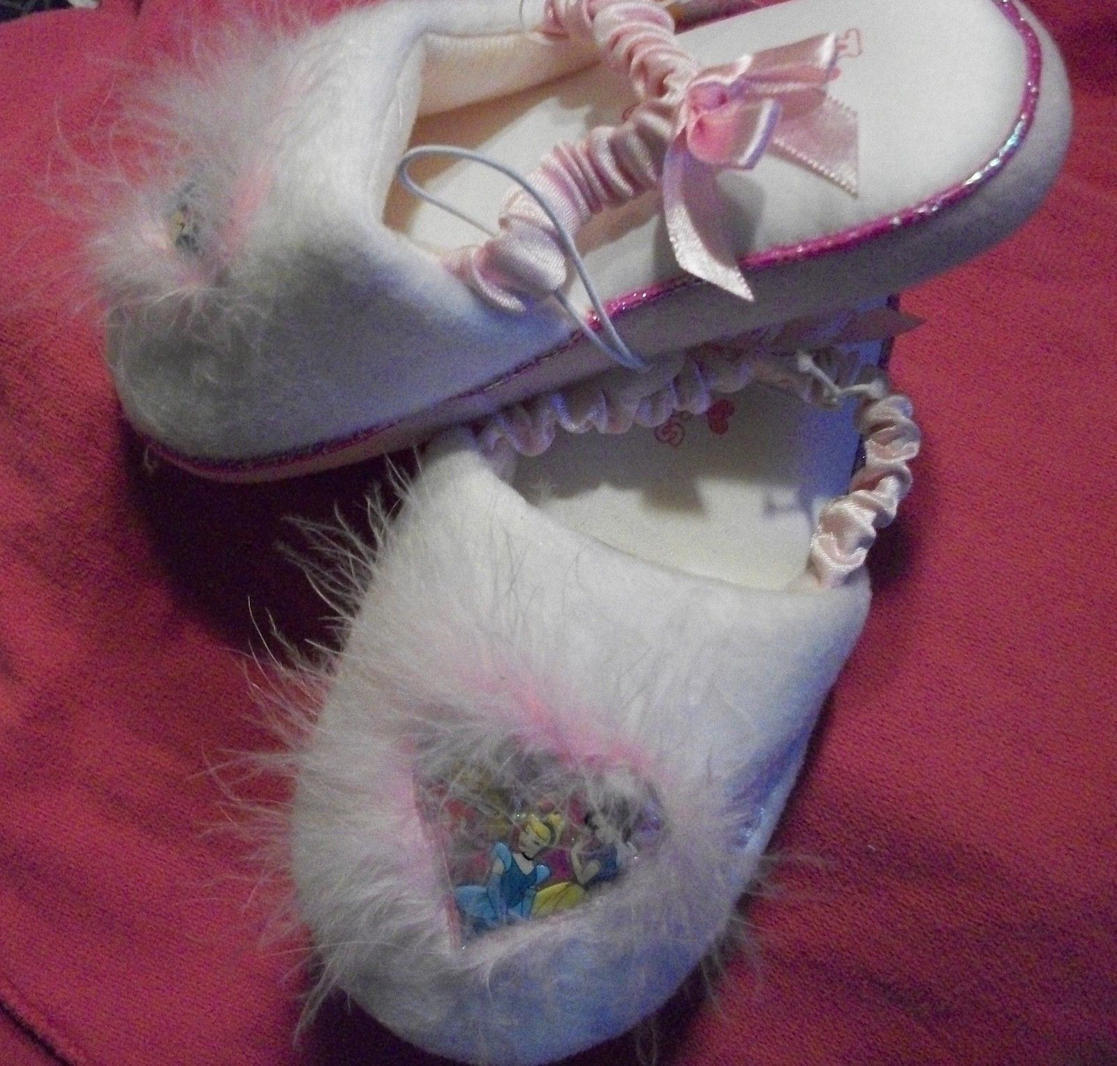 9010515a4a4 Disney Princesses Slippers fur and heart toe childrens size small 5 6 NWT