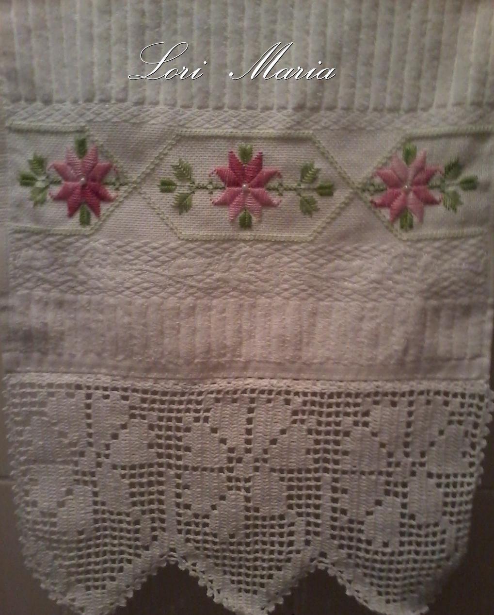 toalha lavabo ponto reto-hardanger e crochet