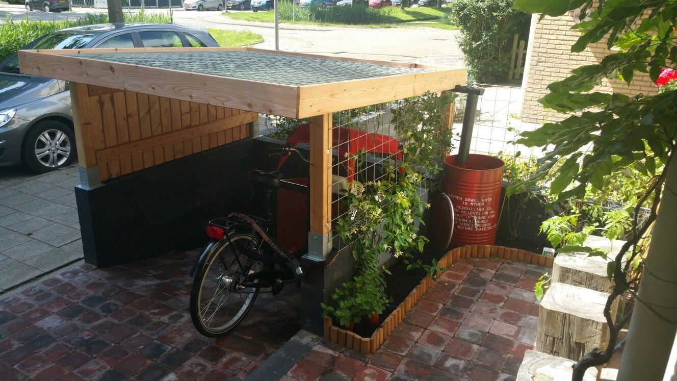 fietsenstalling half ingegraven half ingegraven fietsenstalling voortuin pinterest refuges. Black Bedroom Furniture Sets. Home Design Ideas