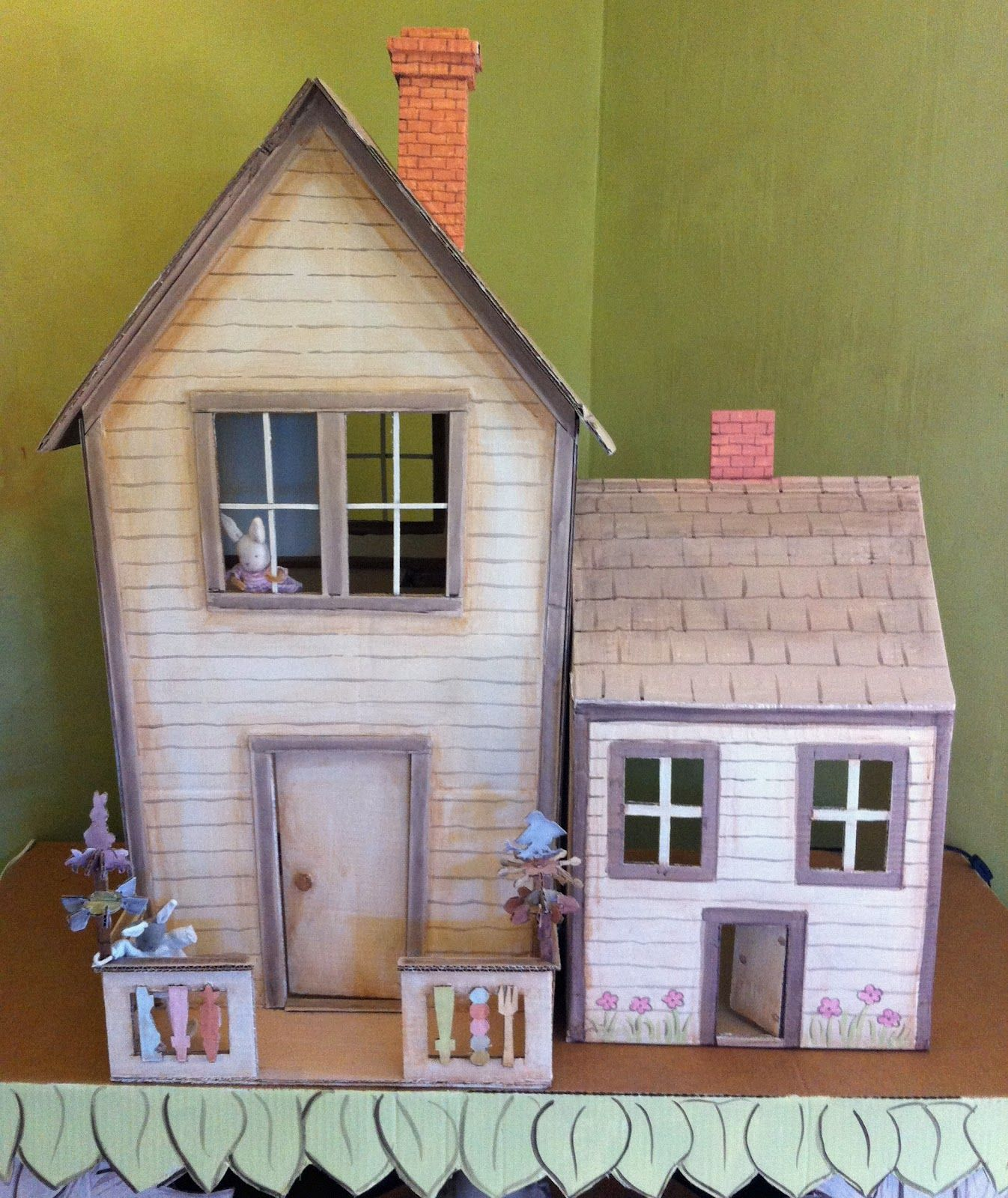 cardboard dollhouse / hutch studio This reminds me of Anne ...