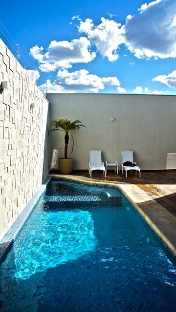 Piscina albercas chicas piscinas del patio trasero for Piscinas en patios de casas