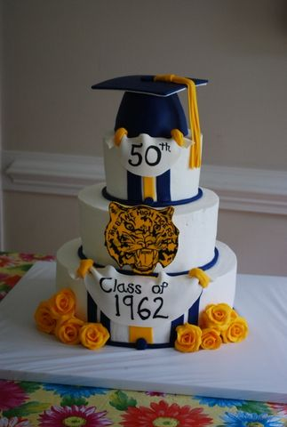 50th Class Reunion Cake With Hand Painted Details And A Rice