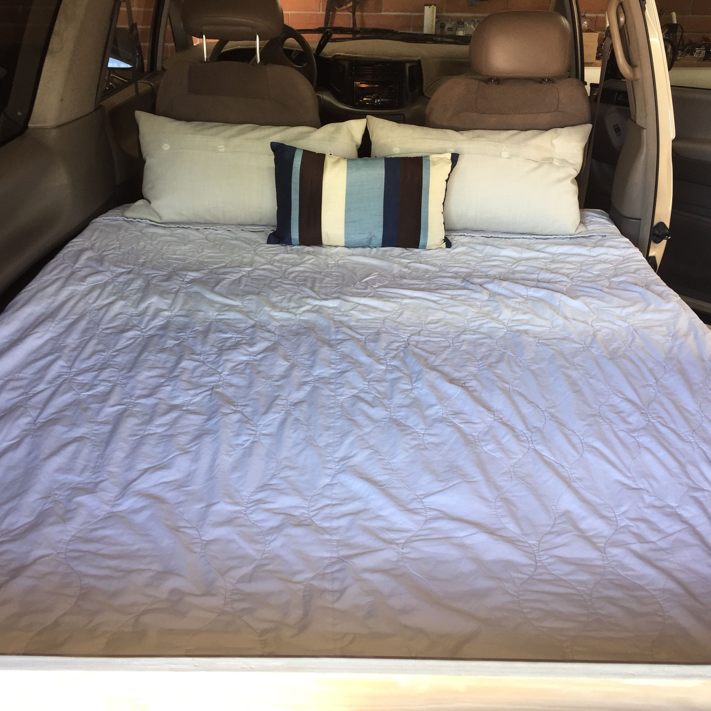 Sofa Bed Ebay Peterborough Toyota Previa Campervan Bed Can T Believe A Queen Bed Fits