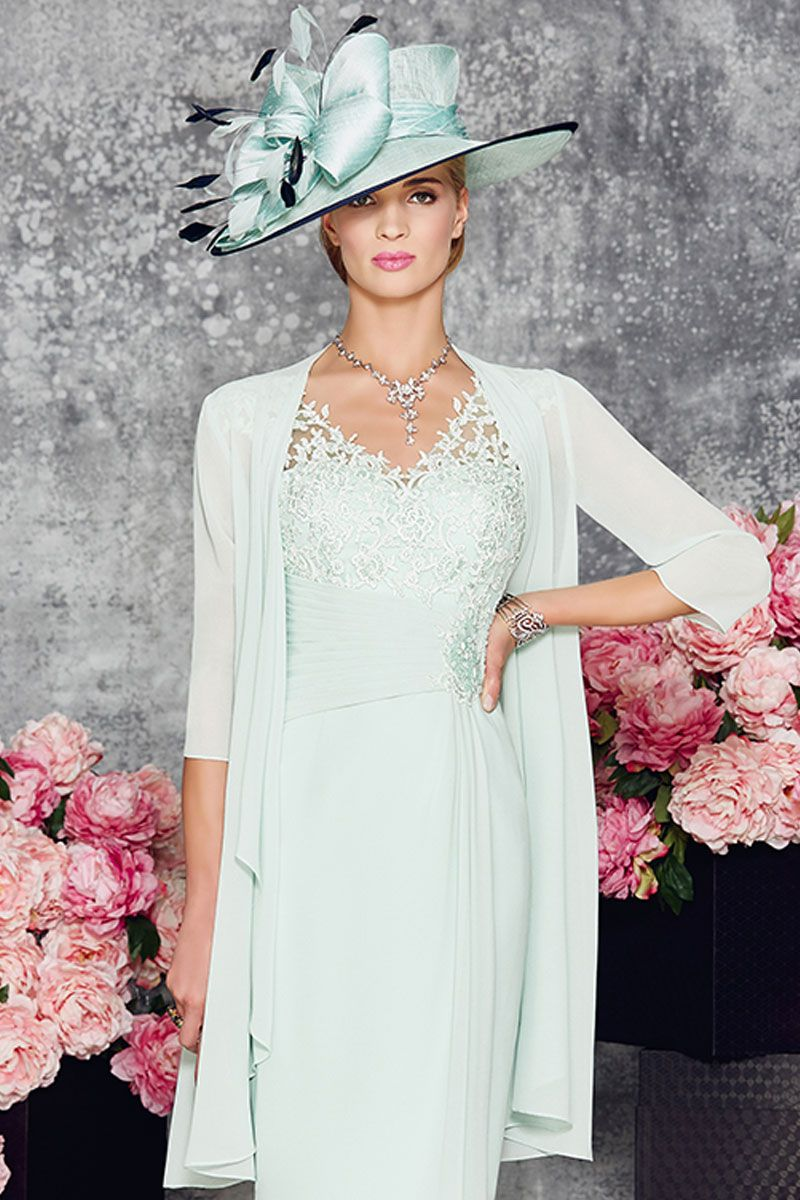 Sweetheart neck dress with lace overlay into a v neck and wide