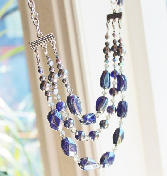 Change the necklase from 3 strings to one by Lisbethstafnedesigns