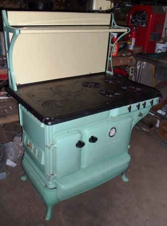 Dual Fuel Propane And Wood Cook Stove In Turquoise Yes Please With Images Wood Stove Cooking Antique Wood Stove Antique Kitchen Stoves