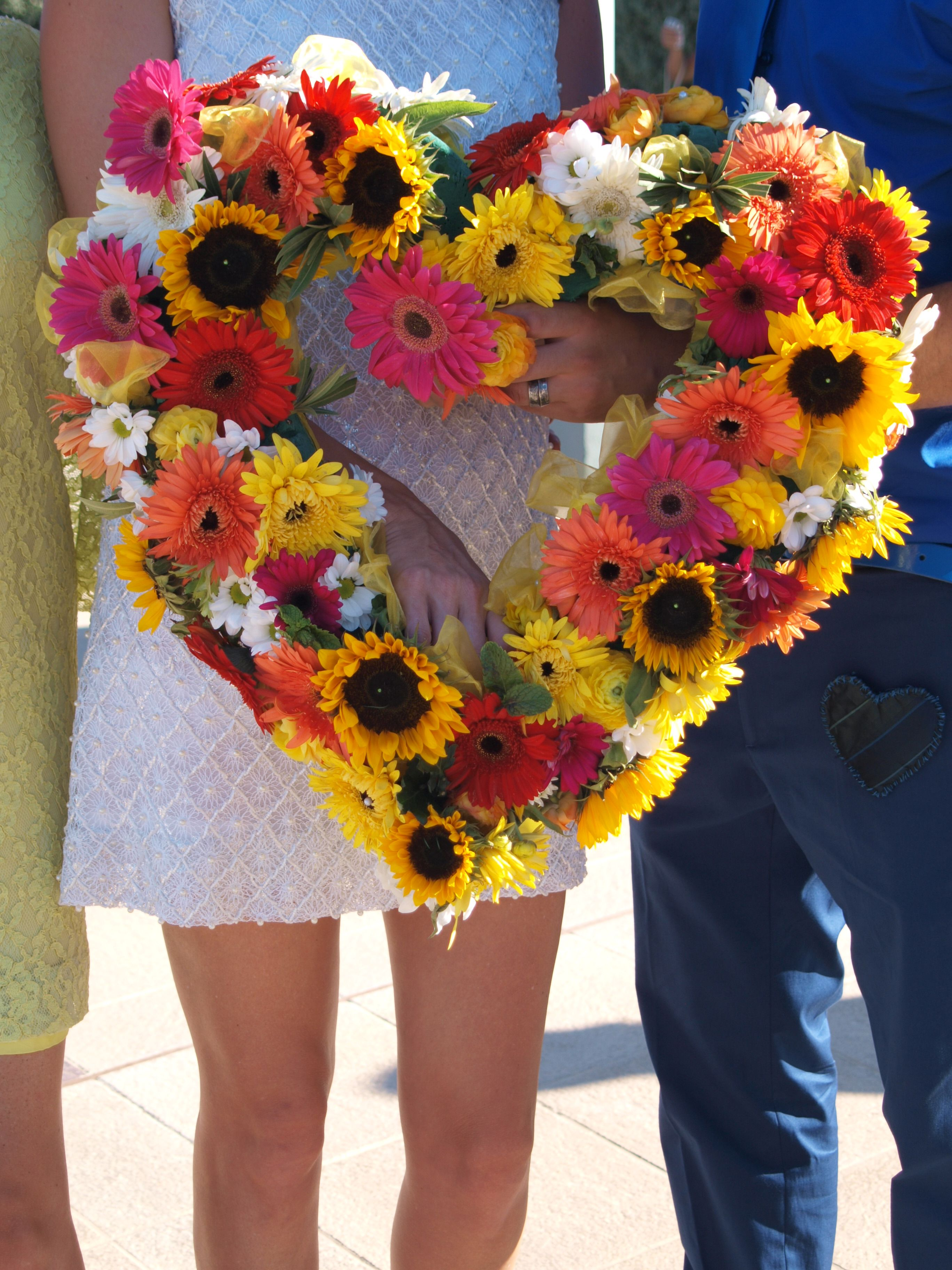 Get creative with your bouquet girls!