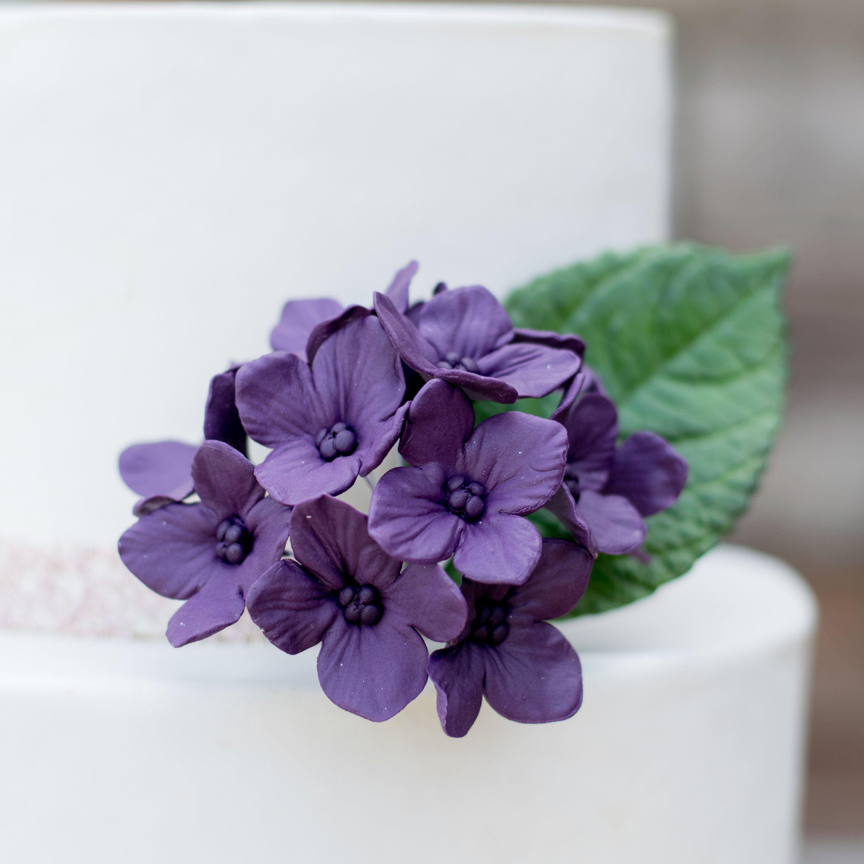 12 Hydrangea Gumpaste Sugar Flowers in Purple for Wedding ...