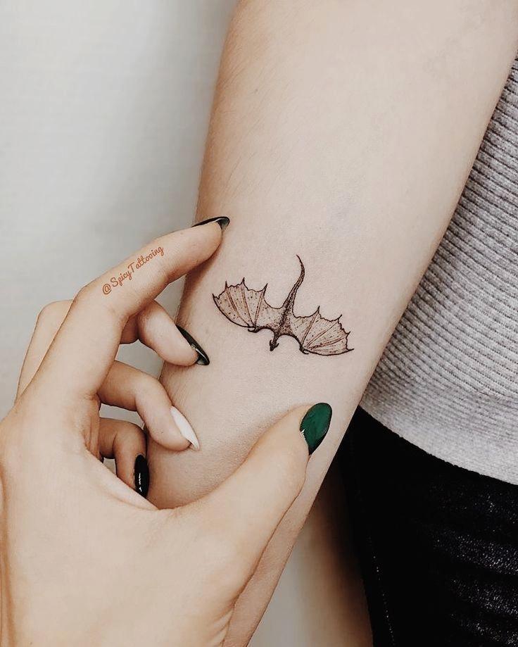 Dragon Tattoo Pequeño & Dragon Tattoo » Dibujos de Tatuajes