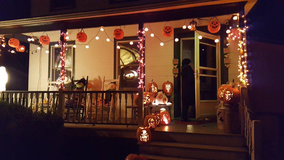 Autumn Hollow Spirit halloween, Halloween store