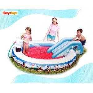 Piscina con tobog n en for Pulpo para piscina