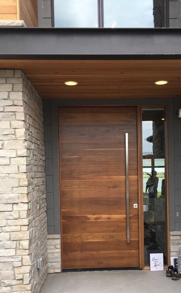 Pin de roc o fern ndez en puertas delanteras pinterest for Casa minimalista rustica