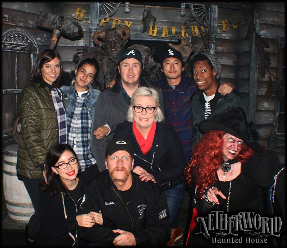 Walking Dead Cast Members Visit Netherworld Walking Dead Cast The Walking Dead It Cast