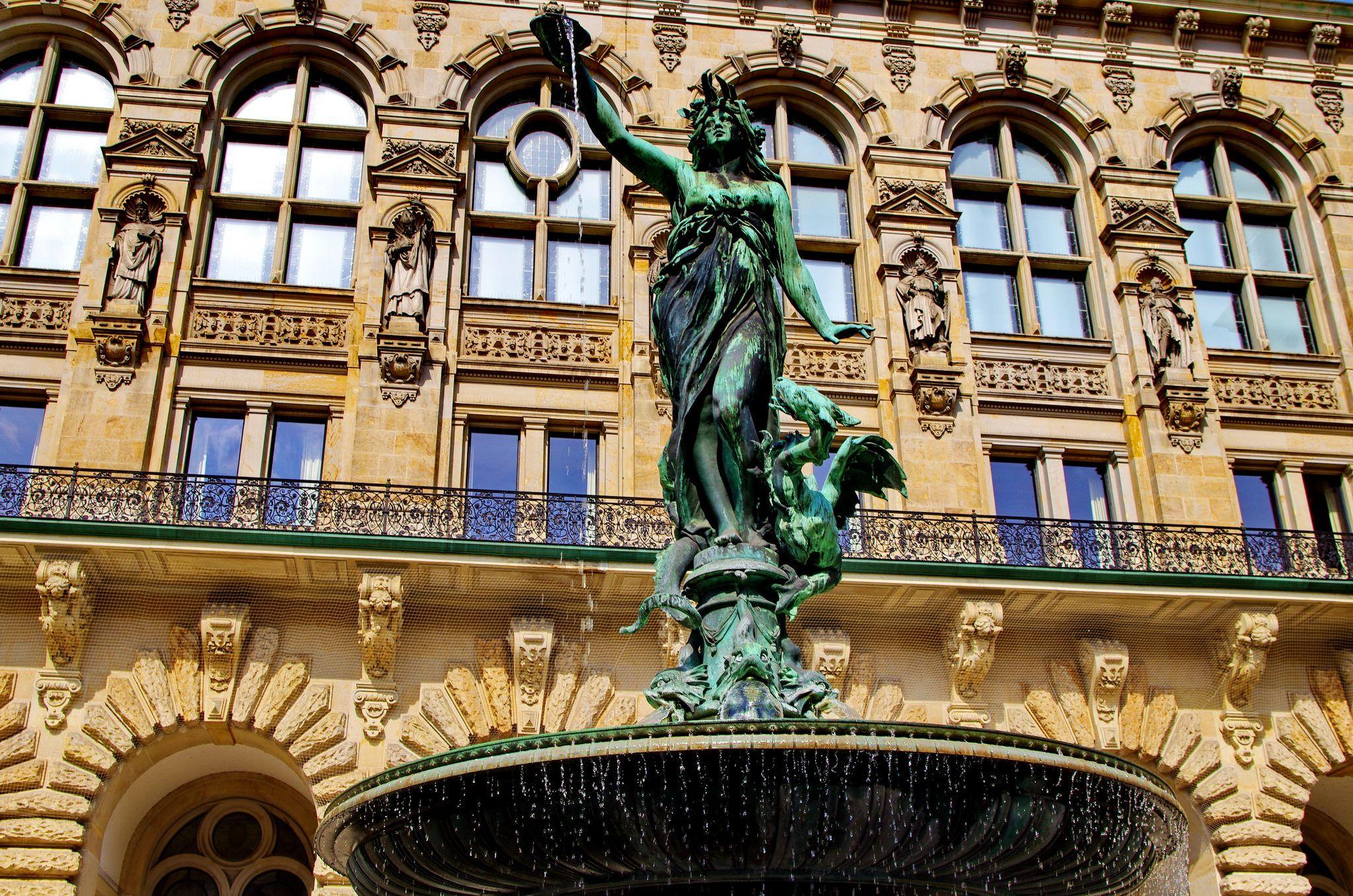 https://flic.kr/p/u3a4AY | Hambourg en Mai - 67 Rathaus - Hôtel de Ville