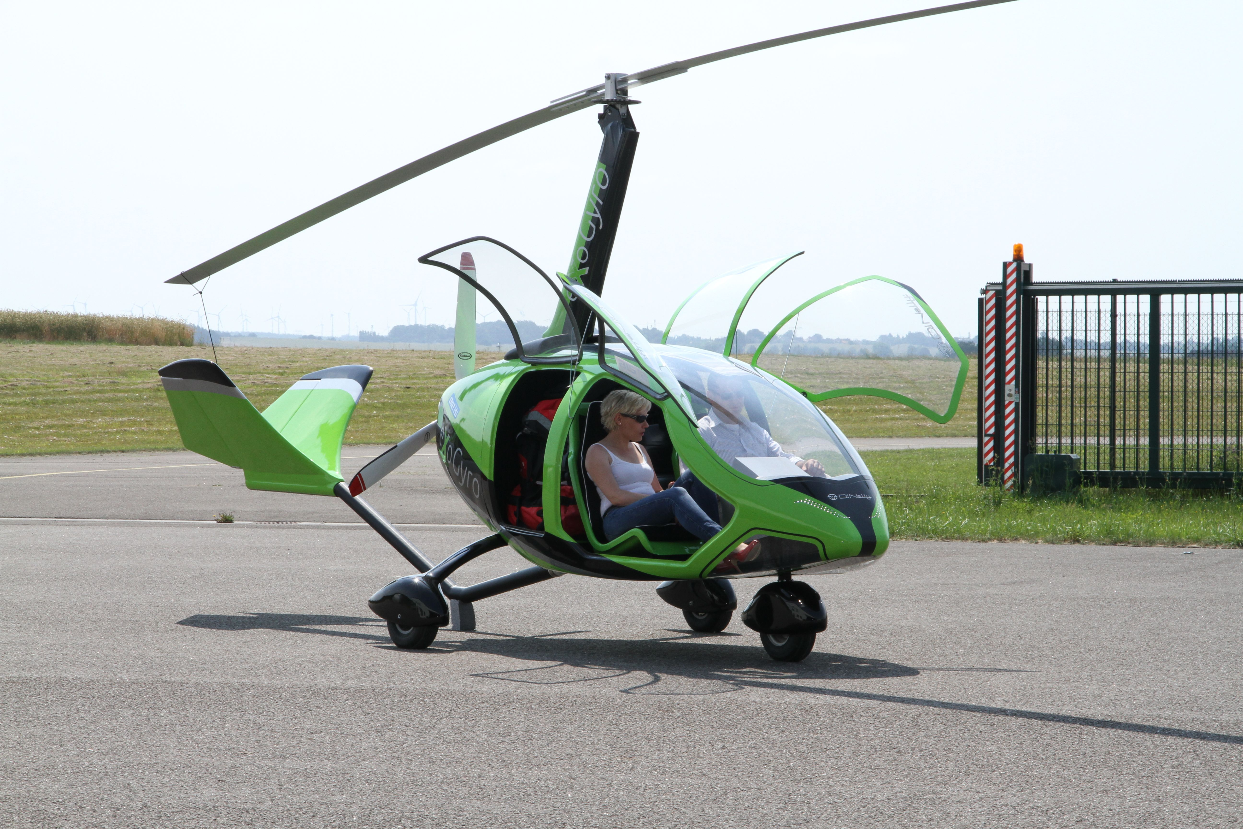 DiNelly eXoGyro - worlds first 4 doors ultralight gyrocopter