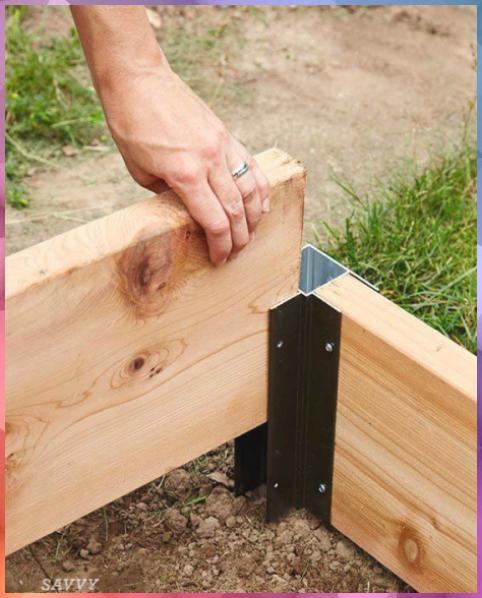 Raised Bed Ideas Corners Are A Really Easy Way To Set Up A Raised Bed In An Aft Raised Bed Ideas En 2020 Camas De Jardin Proyectos De Jardin Disenos De Camas