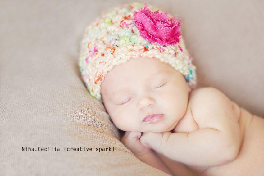 cute newborn photo ideas