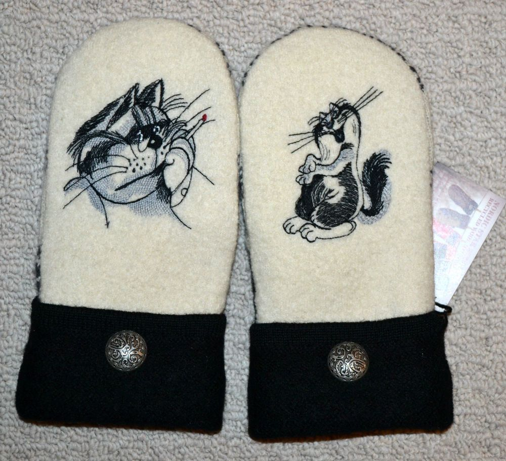 Funny cats wool recycled sweater mittens embroidered fleece