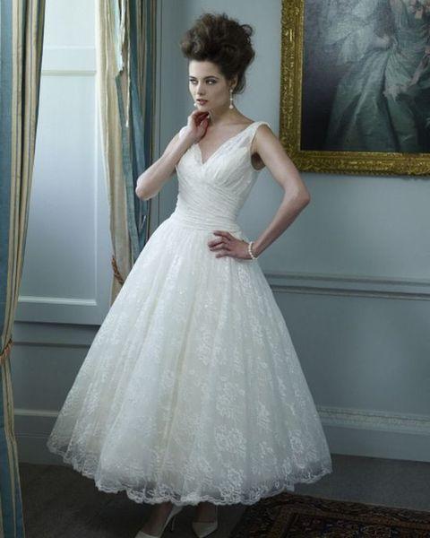 80 Gorgeous Vintage-Inspired Tea Length Wedding Dress | Tea length ...