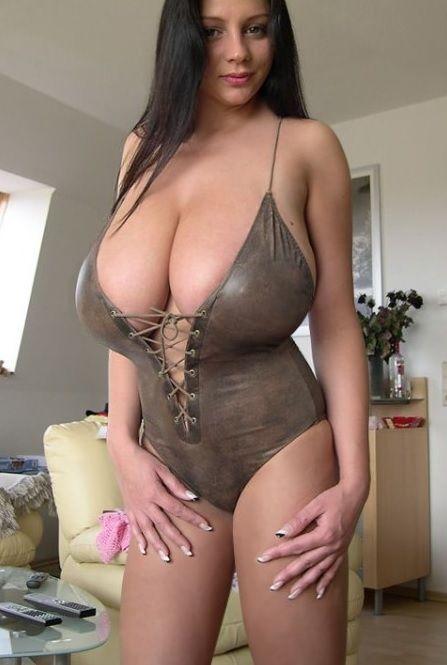 Women sexy playground — img 12