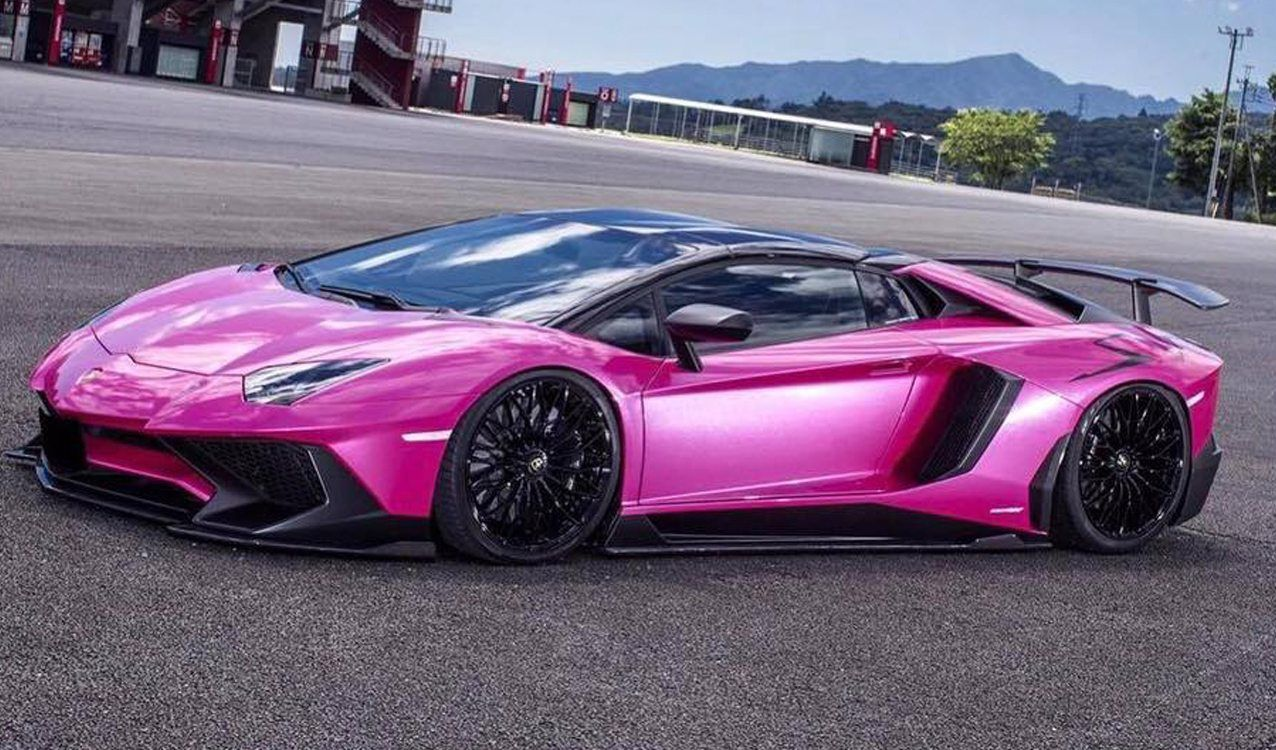 Liberty Walk Unleashes Pink Wide Body Lamborghini Aventador Sv Lamborghini For Sale Lamborghini Aventador Pink Lamborghini