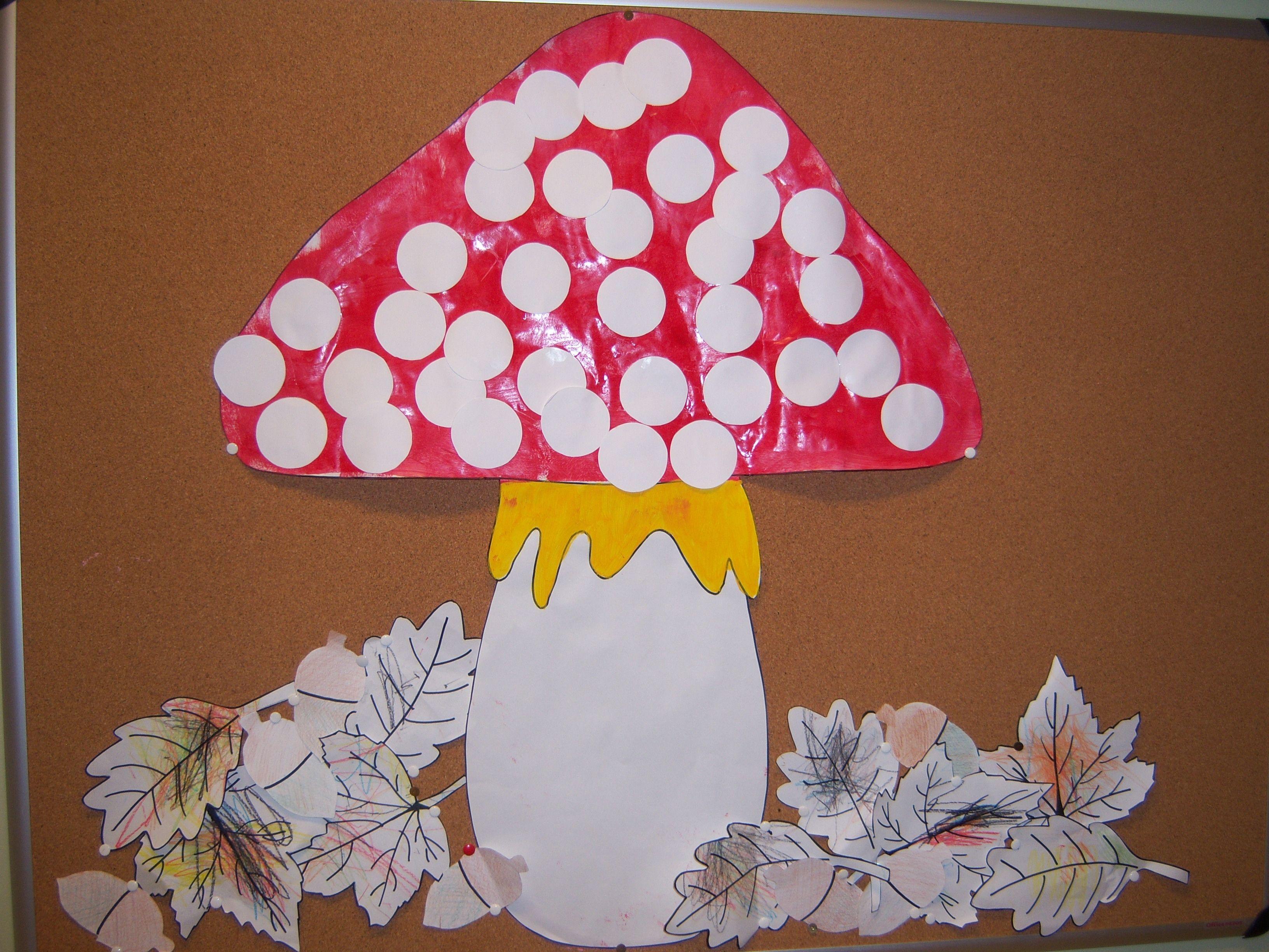 Paddestoel Eerst Laten Schilderen Later De Stippen Er Laten Opplakken Mushrooms