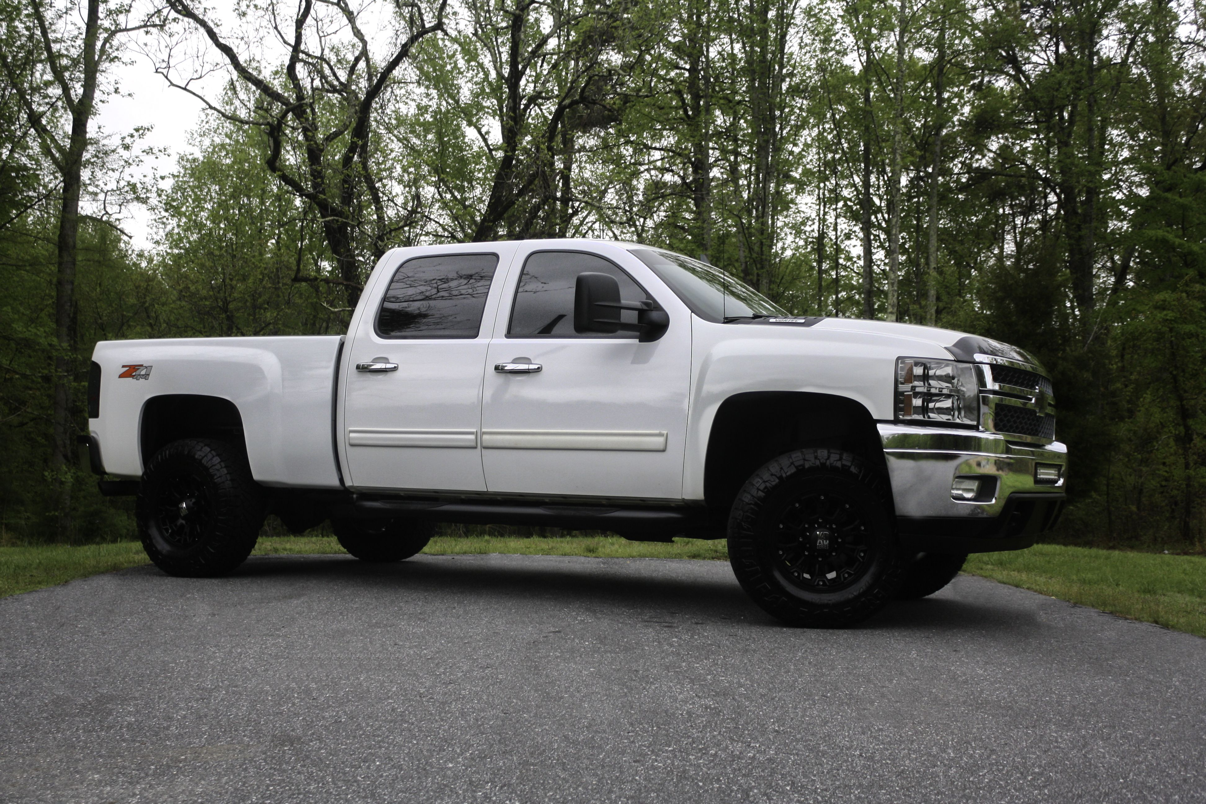 This 2011 Chevy Silverado 2500 Has Crew Cab Regular Bed All Wheel Abs Class Vi Hitch Hid Headlights L Chevy Silverado For Sale Trucks For Sale Used Trucks