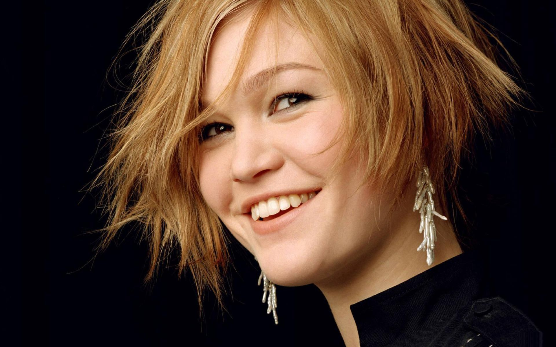 Xai'nyy Julia Stiles, Actress (10 Things I Hate About You).