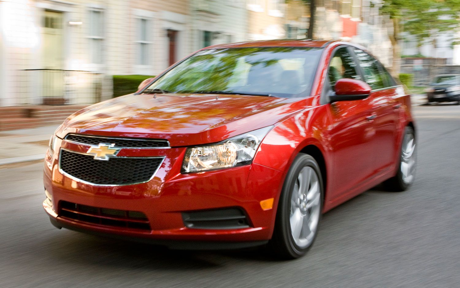 Chevy cruz 2013 epa estimated available mpg 42 eco highway at 42 mpg