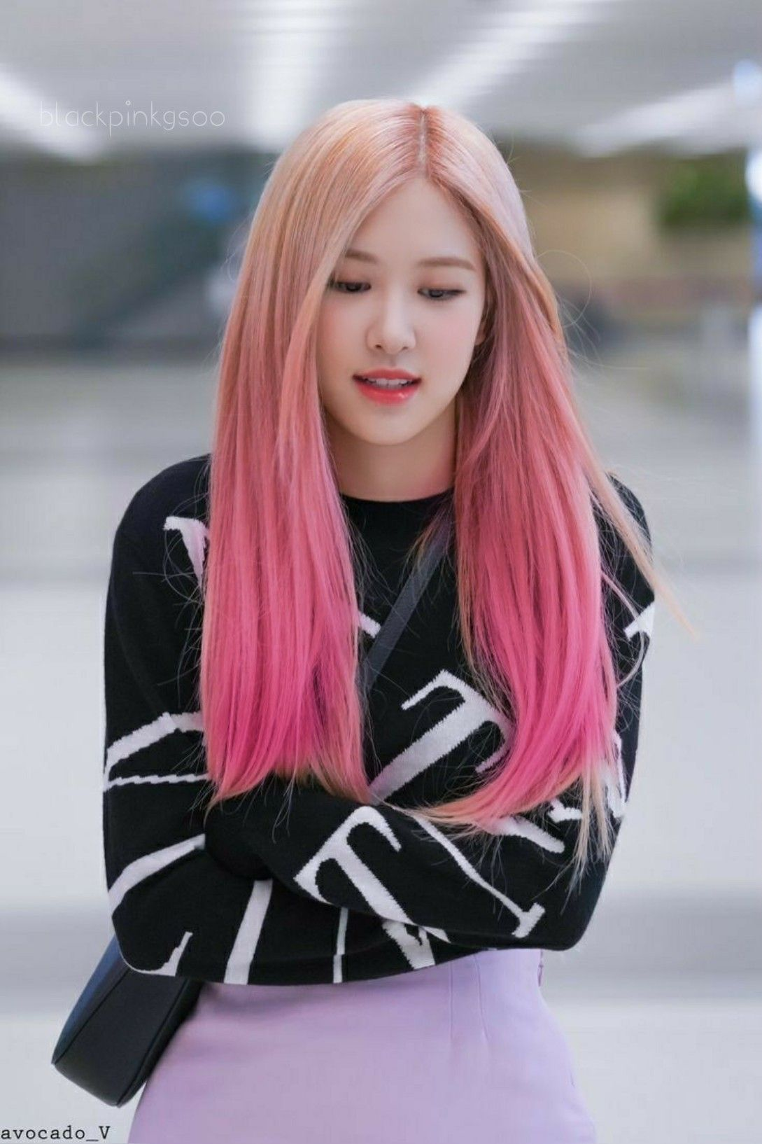 Rose With Pink Hair Blackpink In 2020 Pink Hair Hair Fashion
