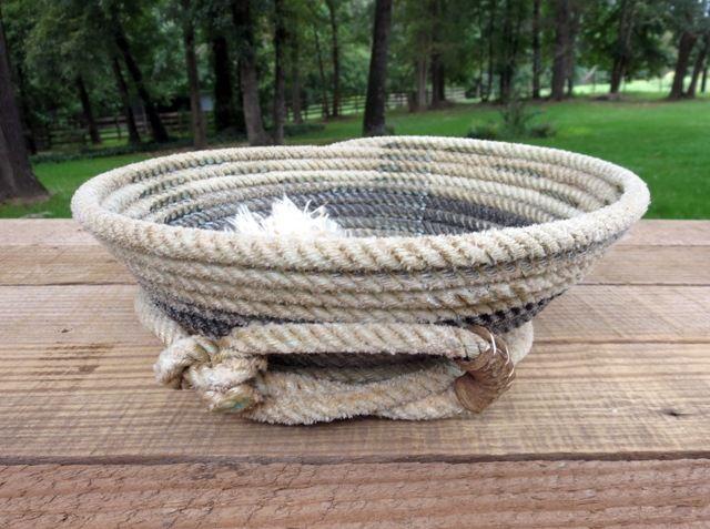 Lariat Basket with low slung honda