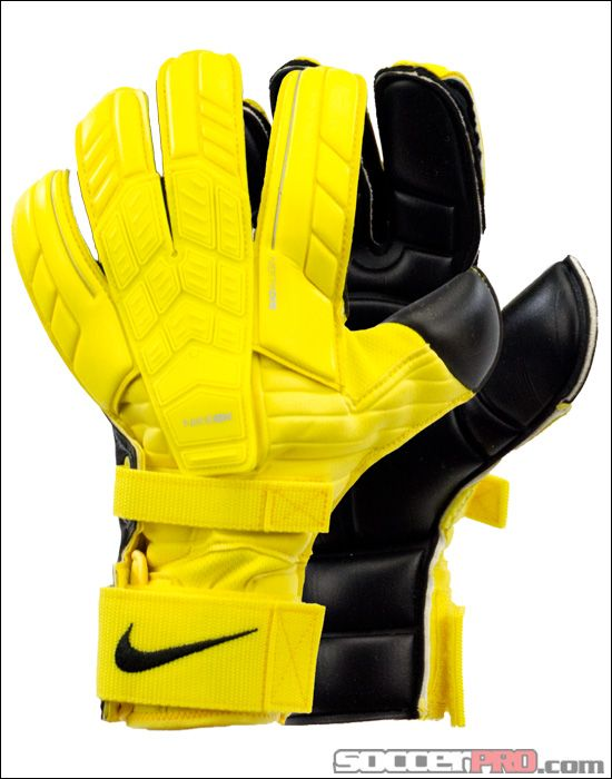Soccer Goalkeeper Gloves Keeper Jerseys Soccerpro Com Goalkeeper Goalkeeper Gloves Goalie Gloves