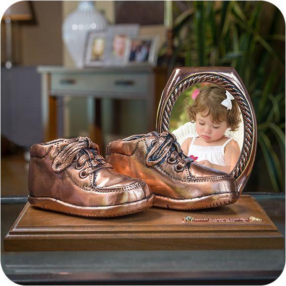 Baby Shoe Bronzing   Bronze baby shoes