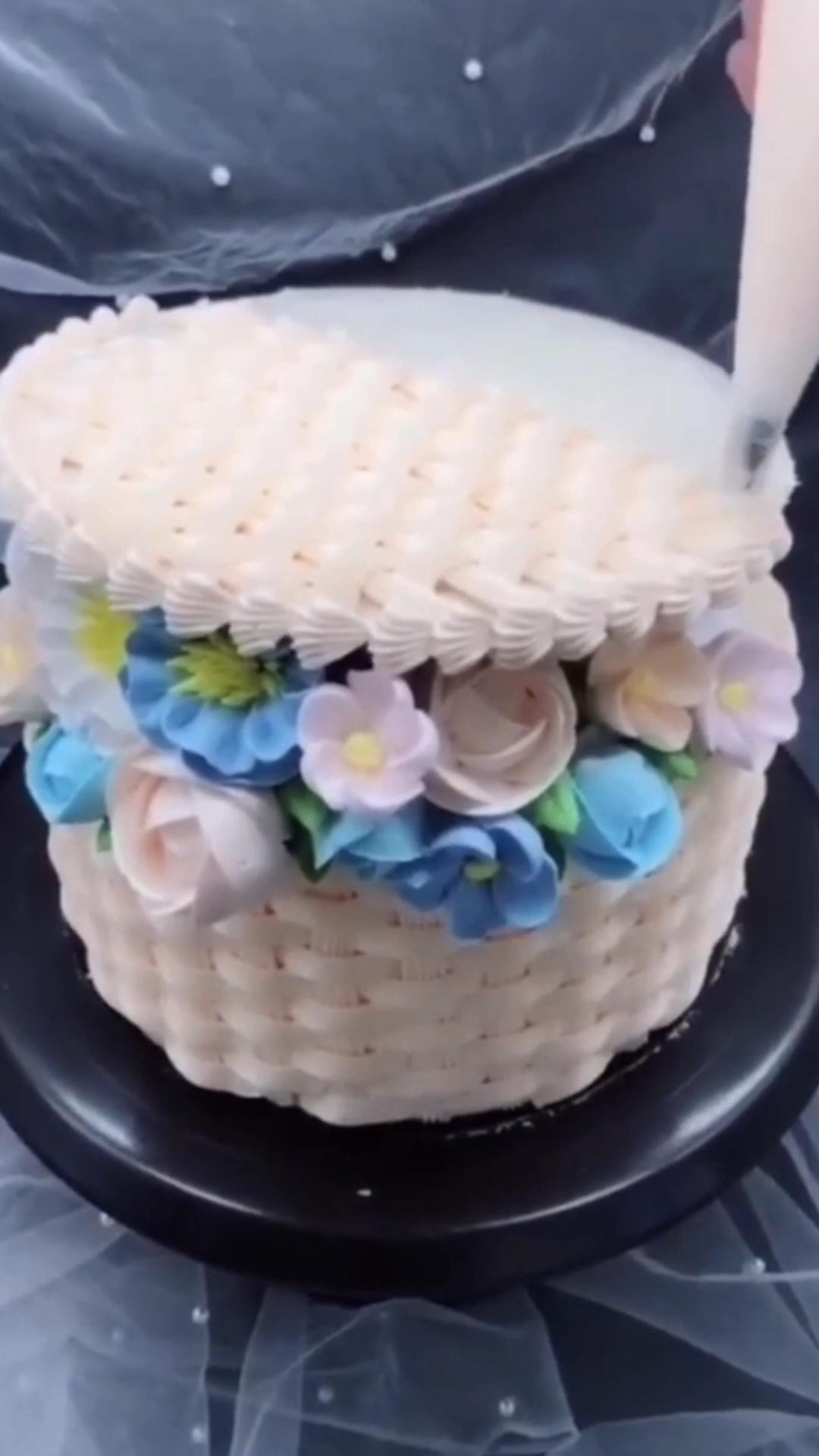 Beautiful cake deo