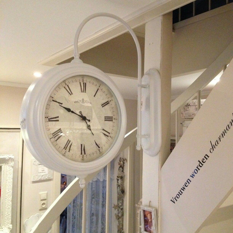 Gave 'Stationsklok' van Clayre & Eef! Te bestellen bij La PéCule ❤🌹 info@lapecule.nl www.lapecule.nl #clayreeef #lapécule #white #klok #stationsklok ⏱