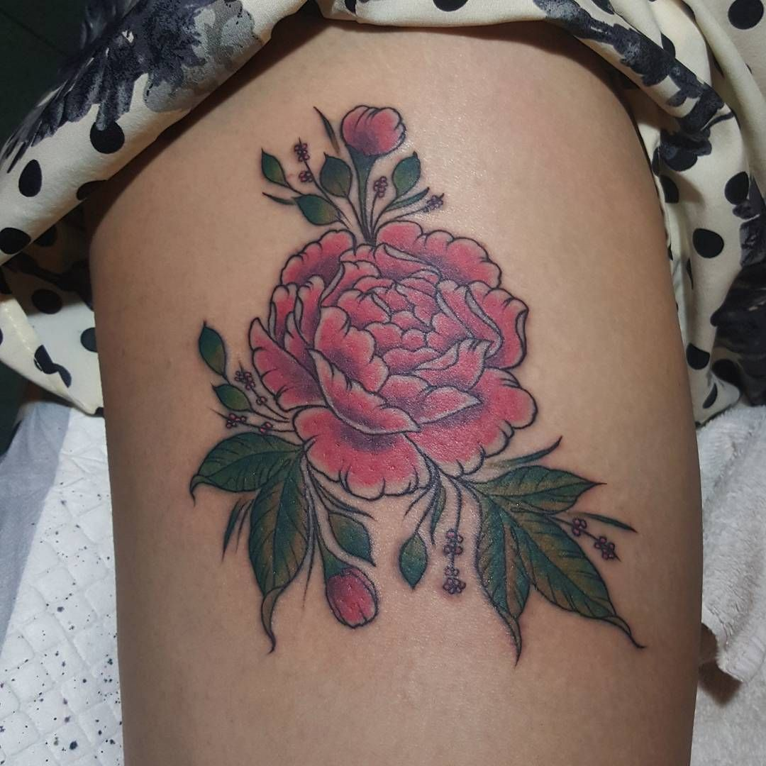 Flower Thigh Tattoos: Pink Flower Tattoo On Thigh