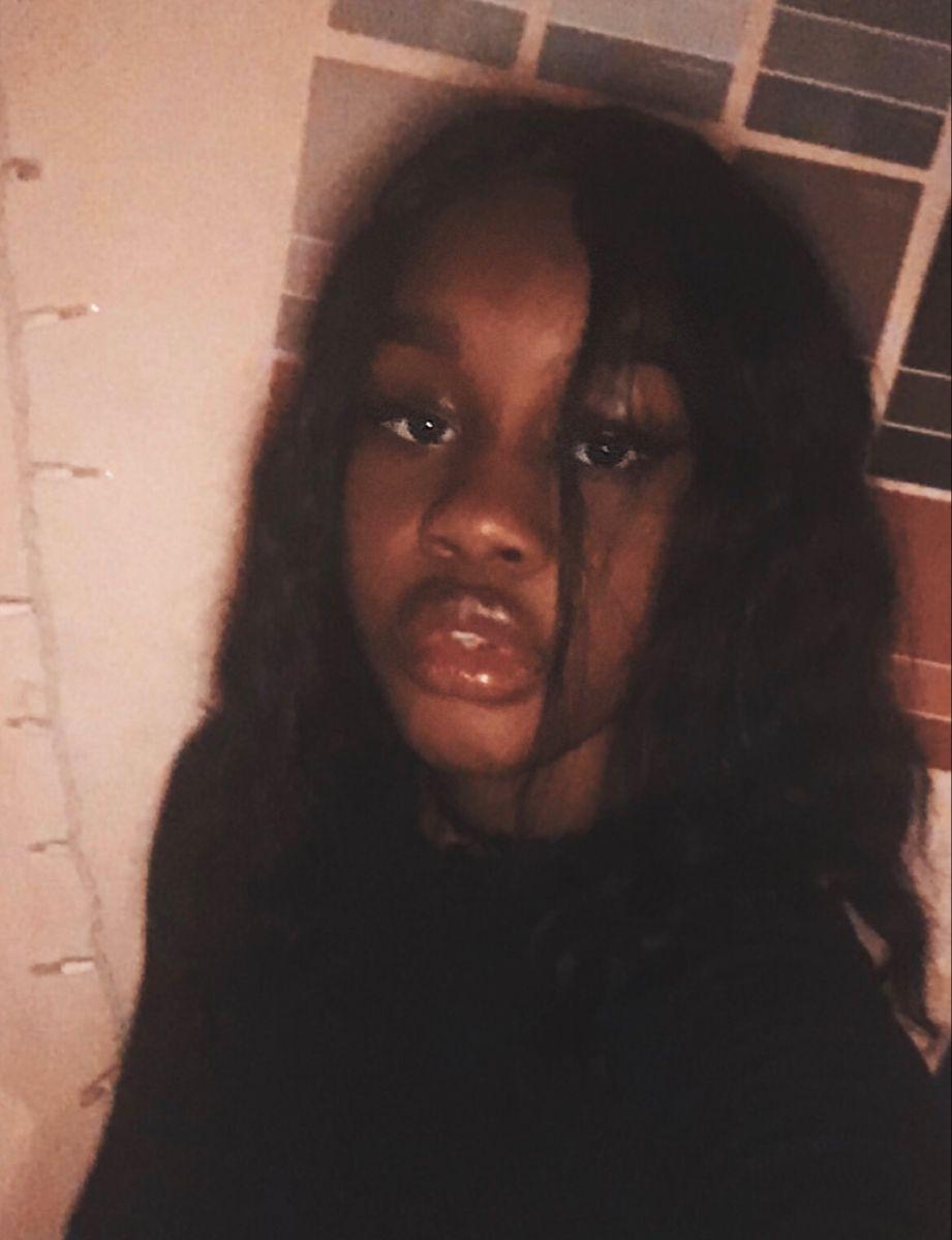 Black Egirl Makeup Instagram In 2020 Makeup Instagram Aesthetic