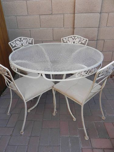 Woodard Wrought Iron Vintage Patio Table And Chair Set In Rose