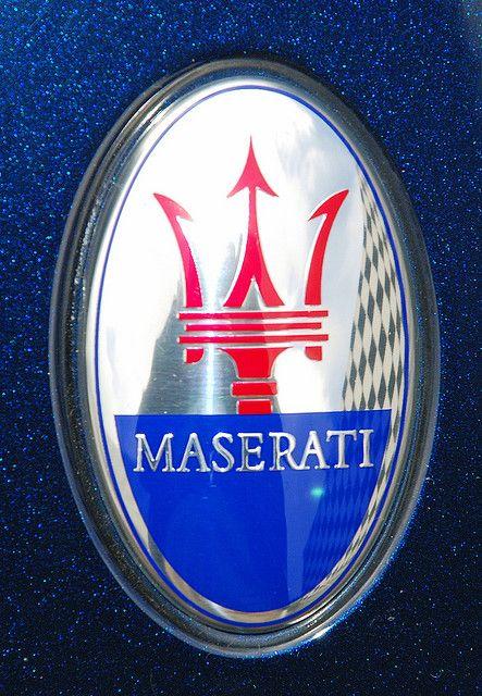 Badge 2008 Maserati Granturismo カーエンブレム マセラティ テスラ