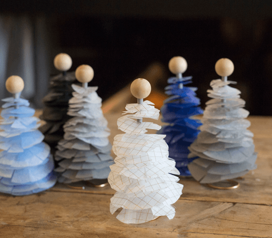Make your own christmas trees of tissue paper do it yourself make your own christmas trees of tissue paper do it yourself solutioingenieria Images