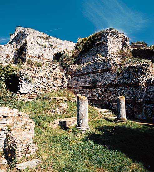 Villa Jovis on Capri Tiberius 14 (With images) Monument