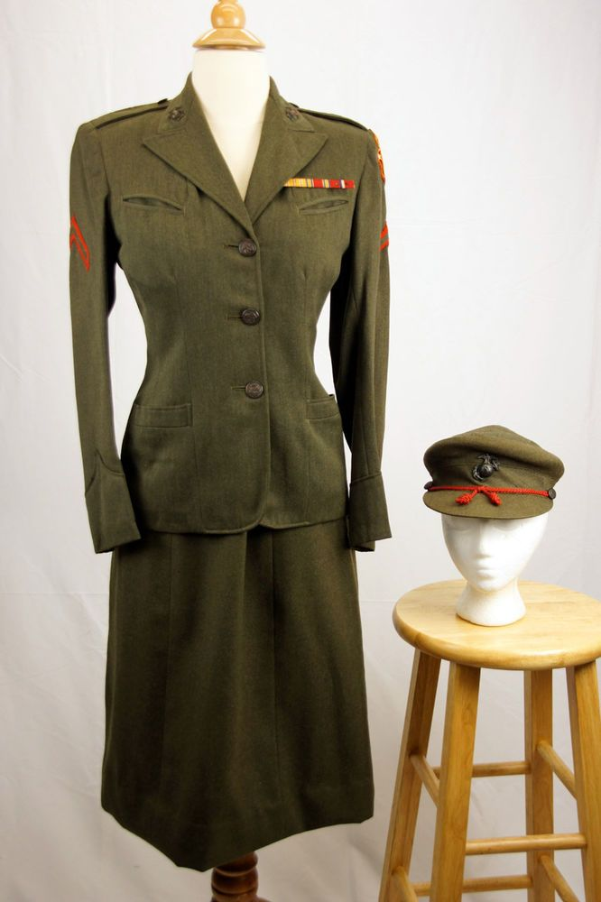 WWII Women's Marine Uniform w  Jacket, Skirt, Insignia, Patches
