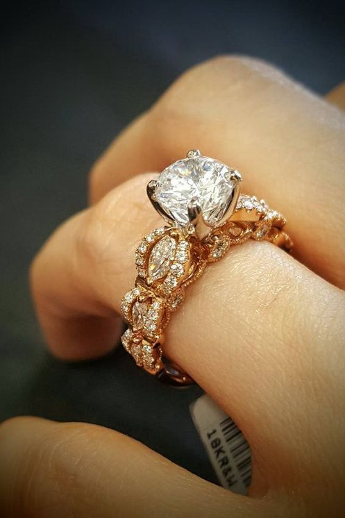 15 Stunning Engagement Rings By DiamondMansion