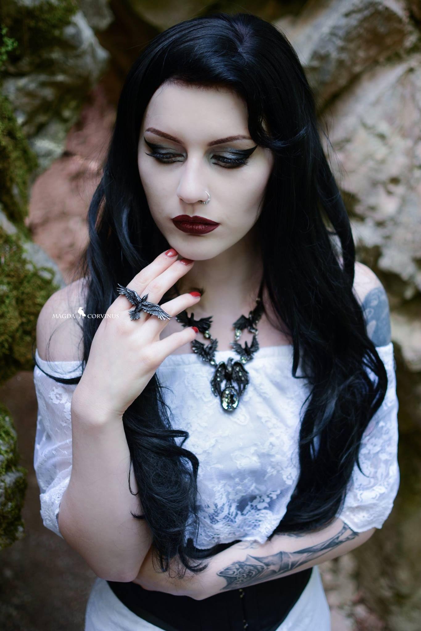 Magda Corvinus pure beauty goth ladies Pinterest