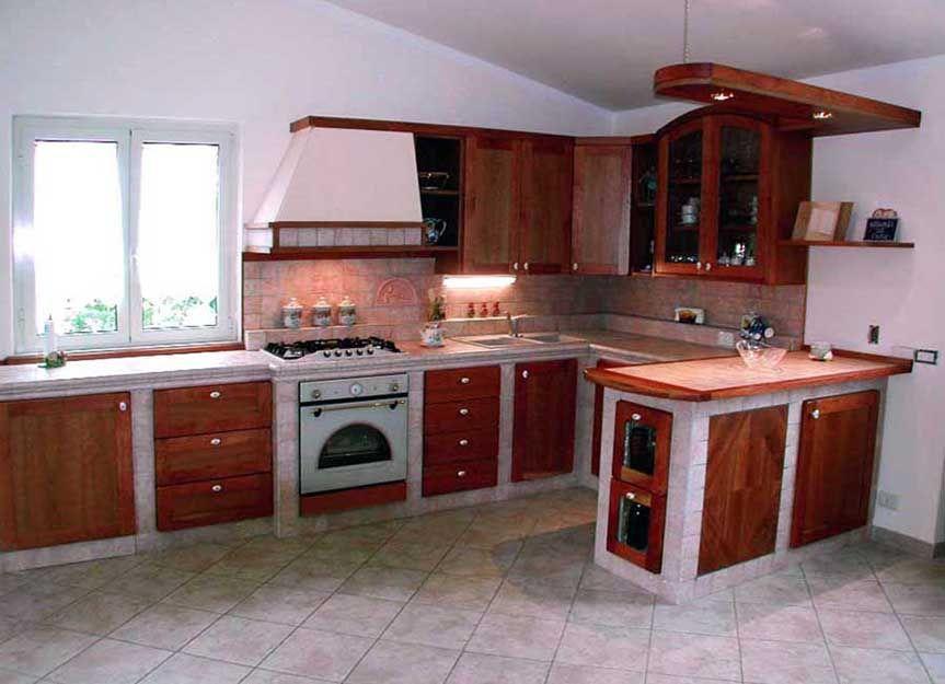 Cucina in muratura in legno massello finitura ciliegio   Kitchen ...