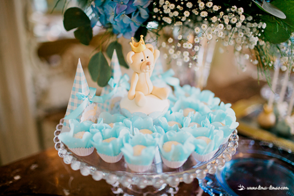 Golden Royal Prince Baby Shower Snack Decor