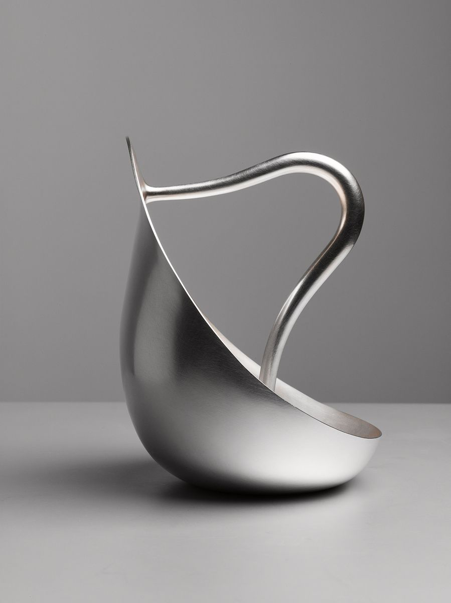 ilver Pourer (hollow handle) Design: 2012 Material: 100% fine silver Size: 160 x 150 x 200 mm Photography: Erik and Petra Hesmerg Production...