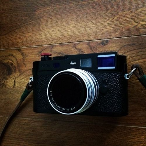 christianyves:  The seductive mistress #leica #M9 is back....